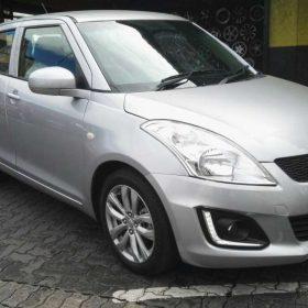 silver suzuki swift auto (1)